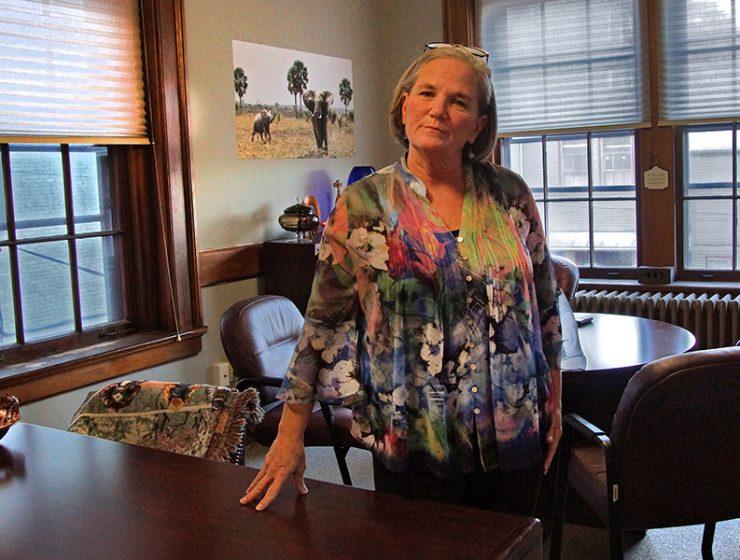 Saratoga Mayor Meg Kelly
